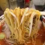味噌や - 麺リフト