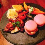 ビストロオーズ - 前菜盛り合わせ4種 1,580円/1人