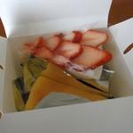 82256878 - ケーキ2種
