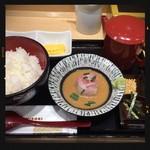 築地寿司清 - 鯛胡麻だれ 670円