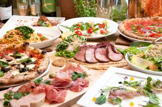 ピッツェリア カンパニーレ - 選べる薪窯ナポリピザ 春の宴会プラン