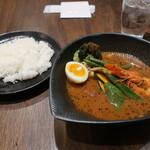 スープカレーlavi - 八百屋の野菜スープ 焙煎エビスープ仕立て