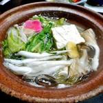 芳野旅館 - 夕食(シラウオとタモギダケの鍋)