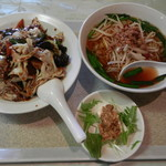 王府 - 料理写真:回鍋飯ランチセット