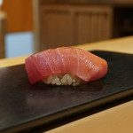 鮨 はしもと - 料理写真:中トロ