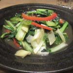 柳華 - 季節青菜のガーリック炒め