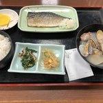 ドライブインみちしお - 焼魚定食750円 汁大盛100円