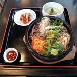 多来 - 料理写真:ランチの石焼ナムル 999円