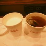 ブランジェ浅野屋 - ホットミルク、ダージリン