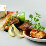 幸せ中国料理 ローズ上海 - 春満載前菜の盛り合わせ