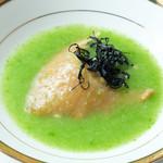 幸せ中国料理 ローズ上海 - 吉切鮫のフカヒレ姿煮、グリーンアスパラのスープ