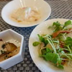 アビエント - サラダバー(薩摩芋・フルーツ・野菜)