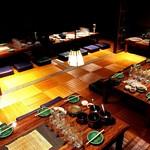 塊肉ステーキ&ワイン Gravy'sFactory - 宴会スタイルの座敷