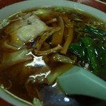 千成亭 - キリリ醤油ベースのワンタン