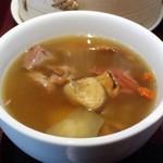 82281419 - 薬膳スープ