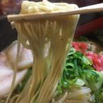 特製ラーメン 大中 - 細ストレート麺