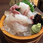 目利きの銀次 - 漁港直送「鮮魚の刺身」646円也。税込。