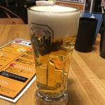 鉄板串焼き 咲蔵 - 生ビール中