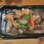 82294102 - 和牛ホルモンスタミナ炒め(421円)