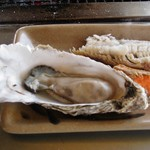 82300107 - 焼き牡蠣