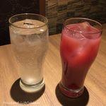 北海道ラクレットチーズ×肉バル  GRILL CHICKEN MARKET - レモンサワー(490円税別)、カシスグレープフルーツ(590円税別)
