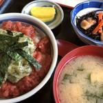 82302396 - 海かけ丼定食