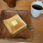 パン屋むつか堂カフェ - バタートースト&(ちいさなまめ屋・珈琲ちば焙煎の)ドリップコーヒー