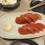 串カツ田中 - 冷やしトマト