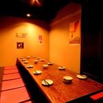 とんぼ食堂 - 小上がり掘りごたつ席が3席あり、団体様6名様から18名様までご利用出来ます。