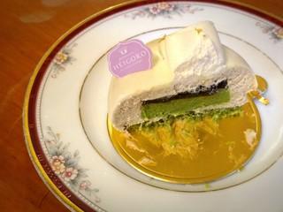 平五郎 本店 - 古都の断面  ほうじ茶のムースと抹茶のムース、和三盆のジュレ