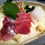 Koideya - 新鮮でプリプリ!お刺身3種盛り♪アジ・マグロ・イカ