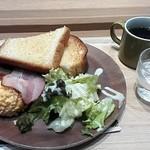 カフェタマ - 朝のセットD(スクランブルエッグ)¥390