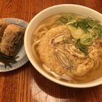 因幡うどん - ごぼう天うどん480円 かしわ飯おにぎり(2個)150円