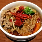 小肥羊 - 大鍋(麻辣のみ)大辛 野菜、羊肉、ハチノス