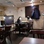 イタリア酒場 Osteria Pinocchio - 店内の様子