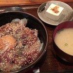 海鮮丹後 あみの食堂 - あみの丼  880円