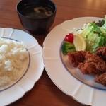 レストラン緑屋 - 唐揚げ定食 ¥680