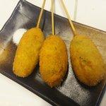 ブタバラ トゥー ザ ワールド - えんどう豆の串揚げ:230円