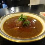 鎌倉 勝沼亭 - ギリシャ風牛肉のスパイスカレー