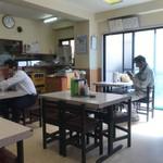 竹葉軒 - お昼前の店内