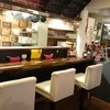 酒キッチン ふらいぱん屋 - 内観写真:カウンターが3席あります。おひとり様でもお気軽にどうぞ!