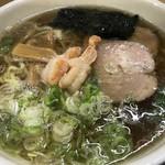 82355664 - トップフォト① エビ醤ラーメン さっぱり 太麺