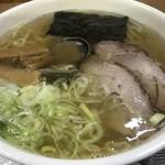 らーめん工房 魚一 - トップフォト② 魚醤ラーメン2018 さっぱり 太麺