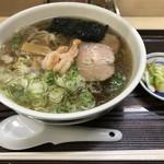 らーめん工房 魚一 - エビ醤ラーメン さっぱり 太麺