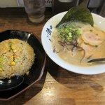 麺や 晴 - 博多らーめん+半焼めし2018.03.09
