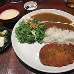trattoria SATOMI fooding - 「トンカツのカレープレート」850円+「カキフライ(2個)」200円