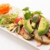 本格タイ料理バル プアン - 料理写真:ヤムコームーヤンアボカド(トントロとアボガドのサラダ)
