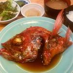 三崎港 海の幸 - 地金目鯛の煮付け定食\1500