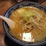 佐々木家 秋田本店 - 肉野菜ラーメン 塩味