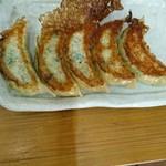 ラーセン餃子 - 料理写真: